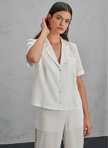 Pi π Kısa Kollu Cepli Gömlek Beyaz